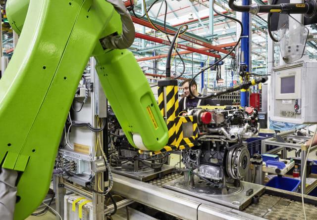 GM通用汽车公司柴油发动机生产现场
