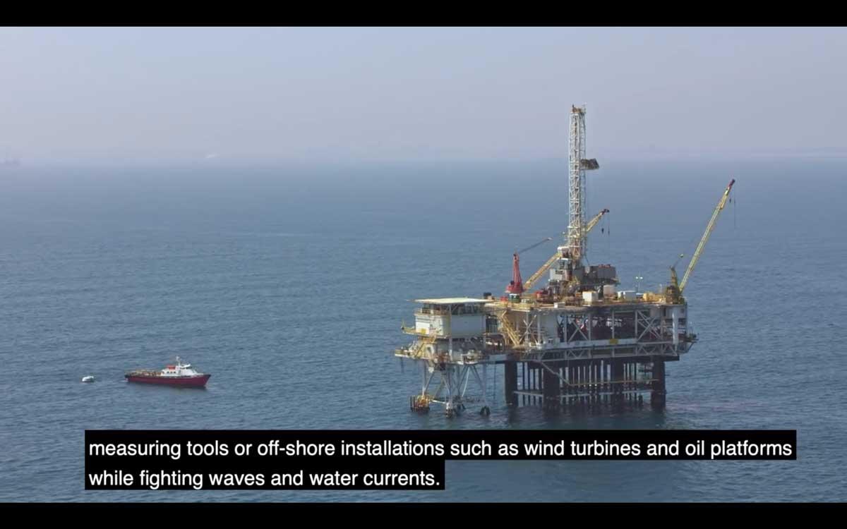 OXE舷外机应用于维护钻井平台的船艇